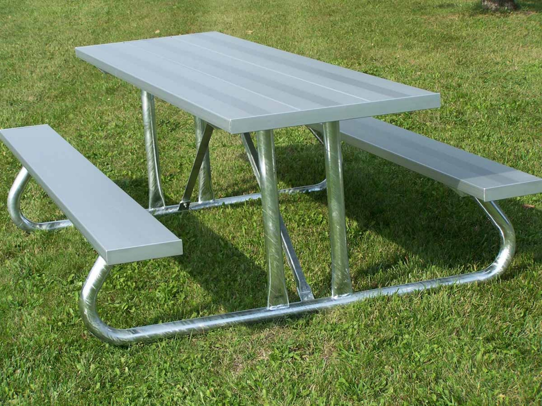 Aluminum Picnic Table With Steel Legs