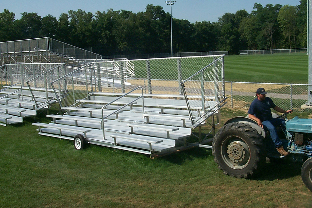 Portable aluminum bleachers